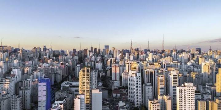 Preços de imóveis residenciais caem 0,32% no ano até novembro, diz FipeZap